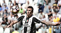 Calcio, Serie A: Juventus vs Crotone. Torino, Juventus Stadium, 21 maggio 2017.<br /> Juventus&rsquo; Mario Mandzukic in action during the Italian Serie A football match between Juventus and Crotone at Turin's Juventus Stadium, 21 May 2017. Juventus defeated Crotone 3-0 to win the sixth consecutive Scudetto.<br /> UPDATE IMAGES PRESS/Isabella Bonotto