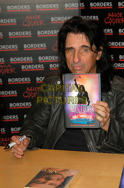 ALICE COOPER.Book Signing at Borders, Oxford Street, London, England, .November 5th 2007..half length sitting black leather jacket  Booksigning.CAP/CAN.©Can Nguyen/Capital Pictures