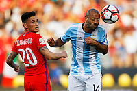 Action photo during the match Argentina vs Chile at Levis Stadium Copa America Centenario 2016. ---Foto  de accion durante el partido Argentina vs Chiler, En el Estadio de la Universidad de Phoenix, Partido Correspondiante al Grupo - D -  de la Copa America Centenario USA 2016, en la foto:  (i)-(d) Charles Aranguiz, Javier Mascherano<br /> --- 06/06/2016/MEXSPORT/PHOTOSPORT/ Andres Pina