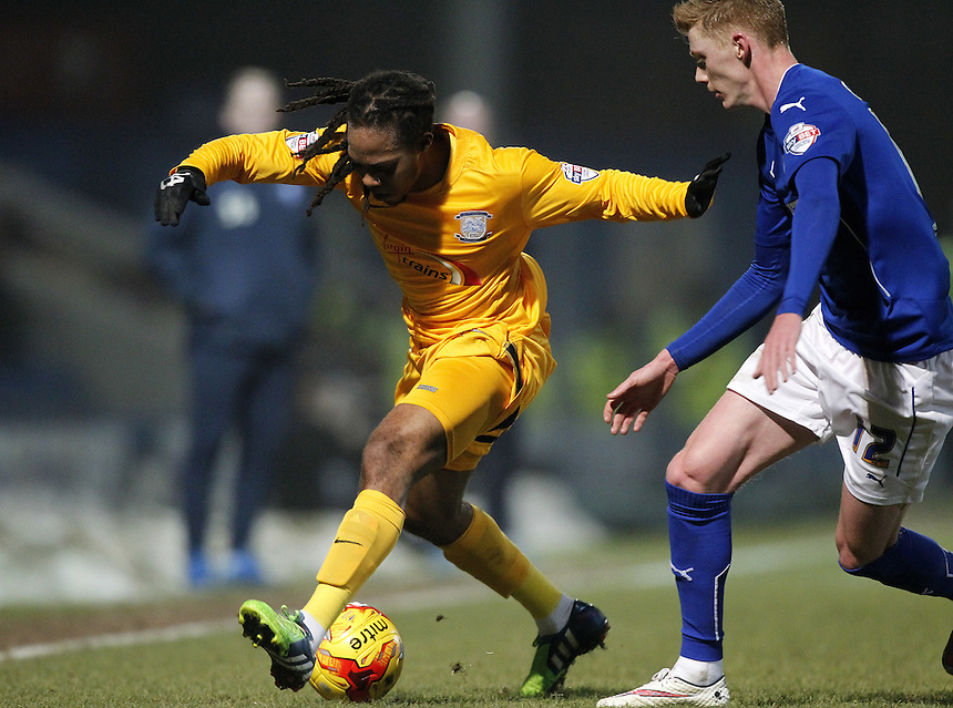 Preston North End's Daniel Johnson holds off Chesterfield's Sam Clucas<br /> <br /> Photographer Mick Walker/CameraSport<br /> <br /> Football - The Football League Sky Bet League One - Tuesday 10th February 2015 - Chesterfield v Preston North End - Proact Stadium - Chesterfield<br /> <br /> &copy; CameraSport - 43 Linden Ave. Countesthorpe. Leicester. England. LE8 5PG - Tel: +44 (0) 116 277 4147 - admin@camerasport.com - www.camerasport.com