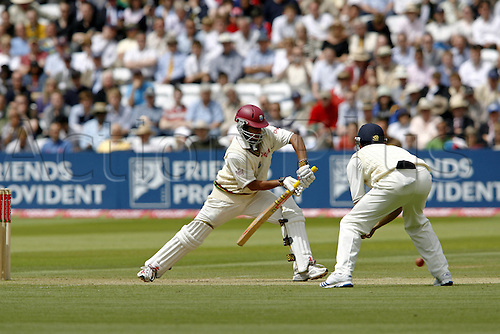 19 May 2007:  West Indies batsman Ramnaresh Sarwan batting during the West Indies first Innings of the first npower test match between England and West Indies at Lords, London. Photo: Neil Tingle/Actionplus...070519 cricketer cricket player