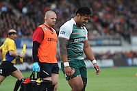 Manu Tuilagi of Leicester Tigers goes off injured during the Aviva Premiership semi final match between Saracens and Leicester Tigers at Allianz Park on Saturday 21st May 2016 (Photo: Rob Munro/Stewart Communications)