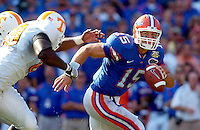 GAINESVILLE, Fla. 9/15/07-Florida's Tim Tebow scrambles away from Tennessee defenders during first half action Saturday at Florida Field in Gainesville...COLIN HACKLEY PHOTO
