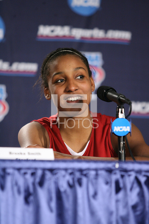 25 March 2006: Candice Wiggins during Stanford's 88-74 win over the Oklahoma Sooners during the NCAA Women's Basketball tournament in San Antonio, TX.
