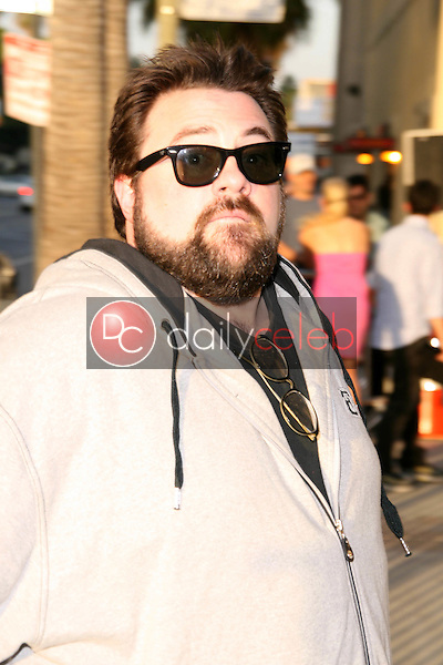 """Kevin Smith<br />at the Exclusive Celebration of """"Battlestar Galactica"""". Cinerama Dome, Hollywood, CA. 06-11-08<br />Dave Edwards/DailyCeleb.com 818-249-4998"""