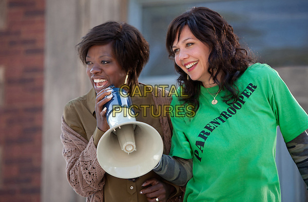 Viola Davis & Maggie Gyllenhaal.in Won't Back Down (2012).*Filmstill - Editorial Use Only*.CAP/FB.Supplied by Capital Pictures.