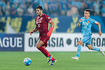 Shanghai FC Forward Givanildo Vieira De Sousa (Hulk) (L) in action during the AFC Champions League 2017 Round of 16 match between Jiangsu FC (CHN) vs Shanghai SIPG FC (CHN) at the Nanjing Olympic Stadium on 31 May 2017 in Nanjing, China. Photo by Marcio Rodrigo Machado / Power Sport Images