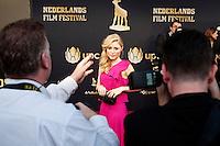 Utrecht, 2 oktober 2014<br /> Nederlands FIlm Festival 2014<br /> SIGRID TEN NAPEL, genomineerd voor Beste Actrice<br /> Rode loper bij aanvang van de uitreiking Gouden Kalf<br /> Foto Felix Kalkman