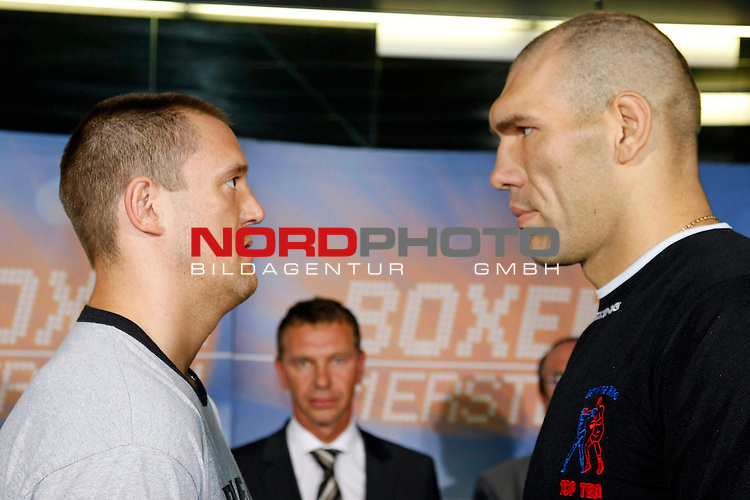 NABA-Meisterschaft im Schwergewicht<br /> NABA Heavyweight Title 12 rounds<br /> Berufsboxgala in der EWE Arena in Oldenburg<br /> Jean-Francois Bergeron (Kanada #Titelverteidiger / Champion) vs Nikola Valuev ( Russland # Herausforderer / Challenger )<br /> Offizielles Wiegen / Weigh in - City Center Oldenburg <br /> <br /> <br /> Foto &copy; nph ( nordphoto )<br /> <br /> <br /> <br /> <br /> <br /> <br /> <br /> <br /> <br /> <br /> <br /> <br /> <br /> <br /> <br /> <br /> <br /> <br /> <br /> <br /> <br /> <br /> <br /> <br /> <br /> <br /> <br /> <br /> <br /> <br /> <br />  *** Local Caption ***