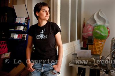 Genève, le 18.08.2009.Joelle Rochat, coordinatrice des premières assises contre l'homophobie..© Le Courrier / J.-P. Di Silvestro