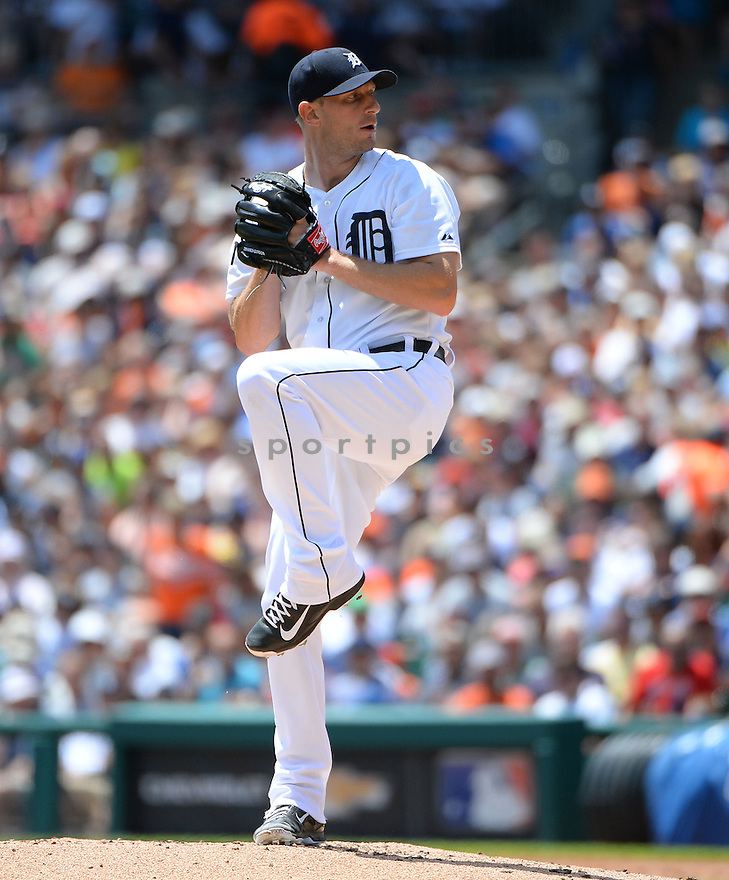 Detroit Tigers Max Scherzer (37) during a game against the Los Angeles Dodgers at Comerica Park on July 8, 2014 in Detroit, MI. The Tigers beat the Dodgers14-5.