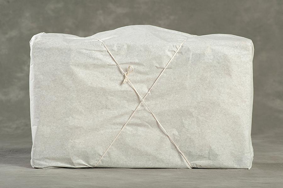 Willard Suitcases / Mary McA ©2014 Jon Crispin