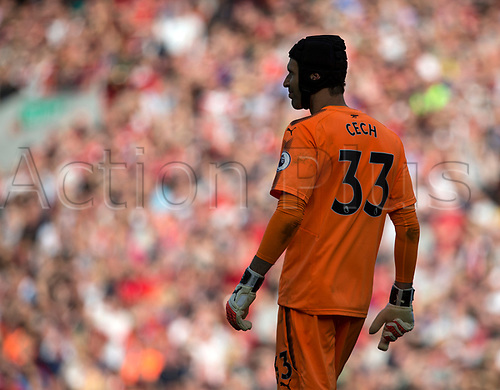 27th August 2017, Anfield, Liverpool, England; EPL Premier League football, Liverpool versus Arsenal; Petr Cech of Arsenal looks upfield as his team try to find a consolation goal late in the second half