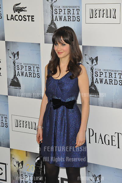 Zooey Deschanel at the Film Independent Spirit Awards on the beach at Santa Monica, CA..February 21, 2009  Santa Monica, CA.Picture: Paul Smith / Featureflash