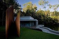 Brumadinho_MG, Brasil...Museu de Arte Contemporanea de Inhotim (CACI). Na Foto a Galeria True Rouge...Inhotim Contemporary Art Museum (CACI). In this photo the True Rouge Gallery...Foto: JOAO MARCOS ROSA /  NITRO