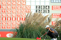 Xander Schauffele (USA) on the 18th during the 3rd round of the WGC HSBC Champions, Sheshan Golf Club, Shanghai, China. 02/11/2019.<br /> Picture Fran Caffrey / Golffile.ie<br /> <br /> All photo usage must carry mandatory copyright credit (© Golffile | Fran Caffrey)