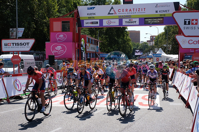 The start of Stage 2 of the Madrid Challenge by La Vuelta 2018, running 98.6km around the streets of Madrid, Spain. 16th September 2018.                   <br /> Picture: Unipublic/Vicent Bosch | Cyclefile<br /> <br /> <br /> All photos usage must carry mandatory copyright credit (© Cyclefile | Unipublic/Vicent Bosch)