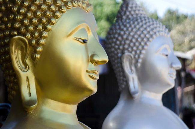 Sukhothai style Buddha statue