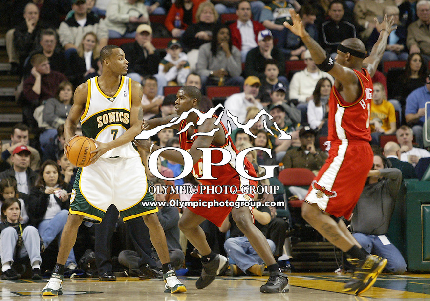 February 10, 2006:   Bremerton, Washington native and current Atlanta Hawks rookie Marvin Williams playing in front of a large home coming of friends and family against the Seattle Super Sonics at Key Arena in Seattle, WA. Williams was 1-7 from the field for 4 points, 9 rebounds and 2 blocked shots.