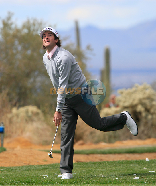 Bubba Watson (USA) throws snowballs at Matt Kuchar on the practice range before the start of Finals Day 5 of the Accenture Match Play Championship from The Ritz-Carlton Golf Club, Dove Mountain, Sunday 27th February 2011. (Photo Eoin Clarke/golffile.ie)