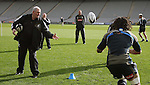 Sir Brian Lochore helps at All Blacks training. Auckland, Wednesday 22 August 2007.