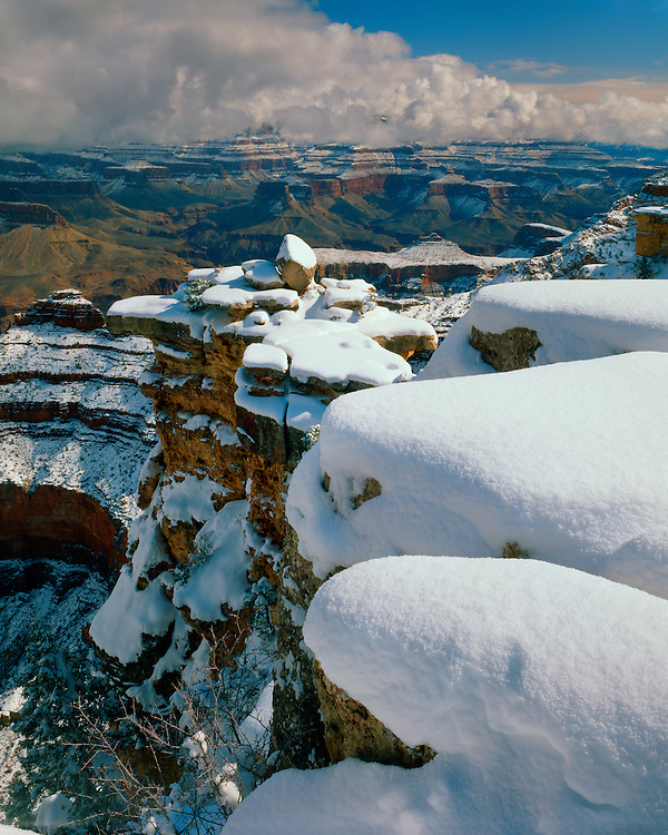 Winter scene in the Grand Canyon as viewed from Mather Point on the South Rim; Grand Canyon National Park, AZ