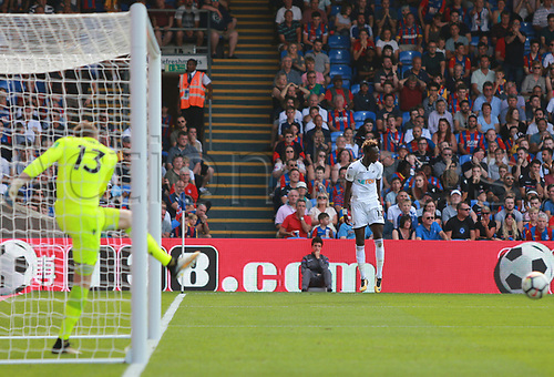 26th August 2017, Selhurst Park, London, England; EPL Premier League football, Crystal Palace versus Swansea City; Tammy Abraham Of Swansea City celebrates goal which made it 1-0