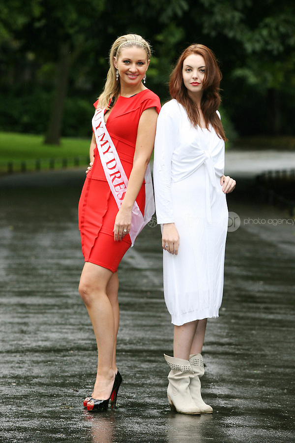 23/8/2010. launch Buy My Dress Online.TV3 presenter Anna Daly and model Kate Sheridan Down Syndrome Centre are pictured in St Stephens Green to launch Buy My Dress Online - Ireland's first online second-hand dress shop which will sell a range of lightly-used women's and children's dresses which have been donated to the charity by the Irish public. www.buymydressonline.ie. Picture James Horan/Collins Photos