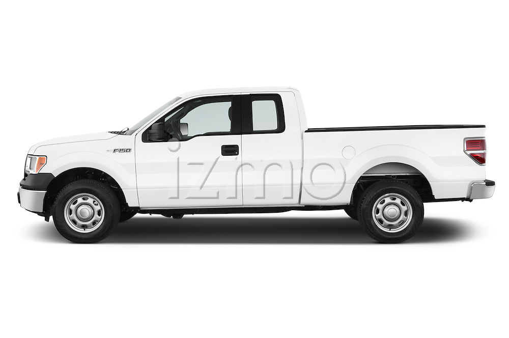Driver side profile view of a .2013 Ford F150 XL Super Cab