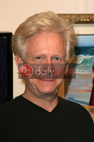 Bruce Davison<br /> at the Jane Seymour Celebrates The Opening Of Her Art Showroom, Showroom, Los Angeles, CA 05-07-05<br /> Chris Wolf/DailyCeleb.com 818-249-4998