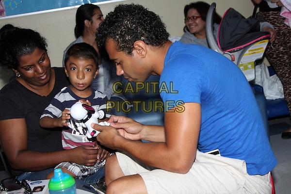 Stars 4 Smiles Visit Harbor-UCLA Medical Center | CAPITAL