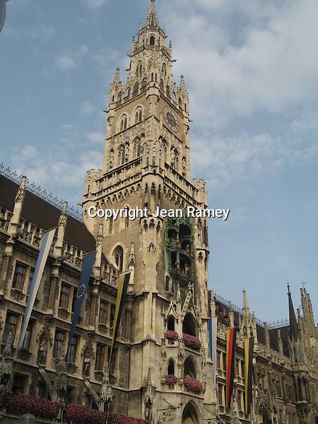 Rathaus and Glockenspiel - Munich, Germany