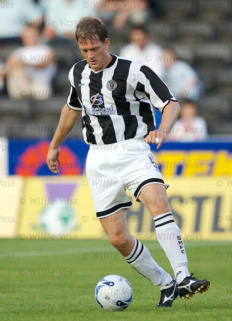 Iain Maxwell, St Mirren.stock season 2006-2007.pic willie vass