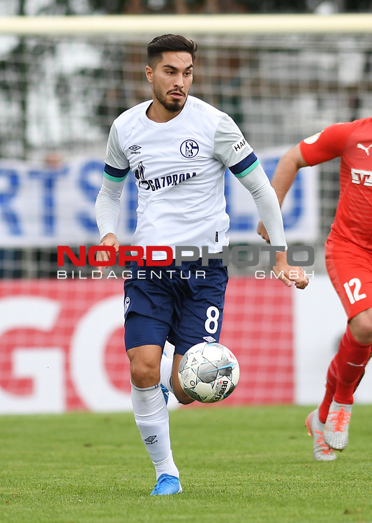 10.08.2019,  GER; DFB Pokal, SV Drochtersen/Assel vs FC Schalke 04 ,DFL REGULATIONS PROHIBIT ANY USE OF PHOTOGRAPHS AS IMAGE SEQUENCES AND/OR QUASI-VIDEO, im Bild Einzelaktion Hochformat Suat Serdar (Schalke #08) Foto © nordphoto / Witke