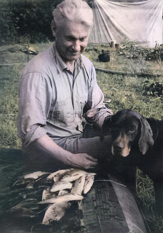 Alexander A Fadeev (1910 -1956) - russian soviet writer and public figure, journalist, war correspondent. 1952 / Александр Александрович Фадеев (1910 -1956) - русский советский писатель и общественный деятель, журналист, военный корреспондент. 1952 год.