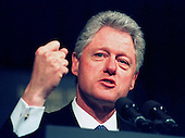 United States President Bill Clinton emphasizes a point during a speech before the Federal Relations Confrence of the National School Boards Association in Washington, D.C. on February 1, 1999..Credit: Ron Sachs / CNP