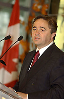 2001 File Photo<br /> Canadian Minister of Industry ;<br />  Brian Tobin (M) speak at the launch of  the Official Site of the Canadian Tourism Commission.in Montreal, CANADA.<br /> <br /> Photo by Sevy-IMAGES DISTRIBUTION <br /> <br /> NOTE :  D-1 H original JPEG, saved as Adobe 198 RGB