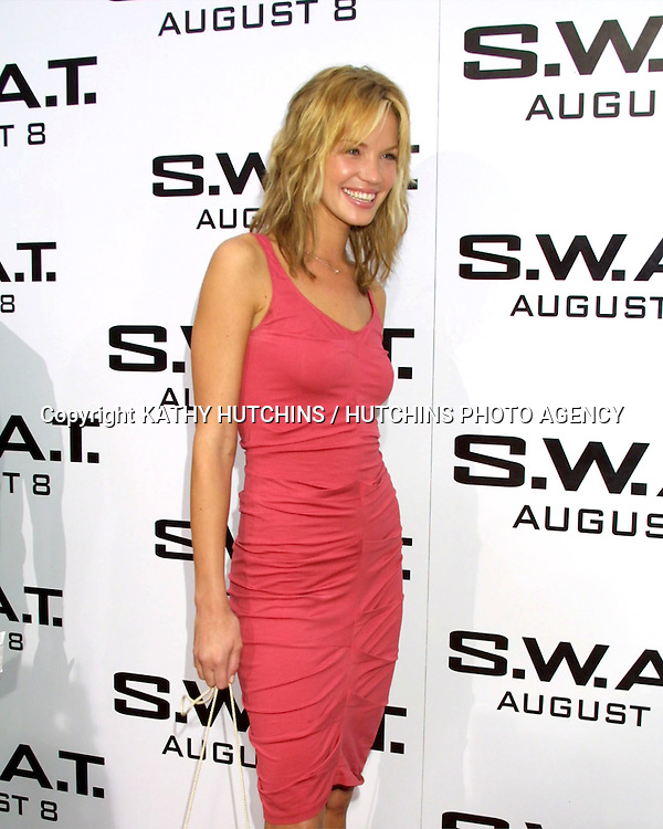 ©2003 KATHY HUTCHINS / HUTCHINS PHOTO.S.W.A.T. Premiere.WESTWOOD, CA.JULY 26, 2003.ASHLEY SCOTT