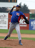 August 16, 2003:  Carlos Caceres of the Vermont Expos during a game at Dwyer Stadium in Batavia, New York.  Photo by:  Mike Janes/Four Seam Images