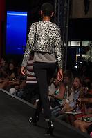 S&Atilde;O PAULO-SP-03.03.2015 - INVERNO 2015/MEGA FASHION WEEK -Grife Kleofa/<br /> O Shopping Mega Polo Moda inicia a 18&deg; edi&ccedil;&atilde;o do Mega Fashion Week, (02,03 e 04 de Mar&ccedil;o) com as principais tend&ecirc;ncias do outono/inverno 2015.Com 1400 looks das 300 marcas presentes no shopping de atacado.Br&aacute;z-Regi&atilde;o central da cidade de S&atilde;o Paulo na manh&atilde; dessa segunda-feira,02.(Foto:Kevin David/Brazil Photo Press)