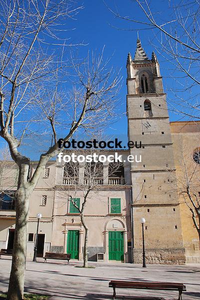 Parish Church of Sant Feliu <br /> <br /> Parroquia de Sant Feliu <br /> <br /> Pfarrkirche Sant Feliu <br /> <br /> 3872 x 2592 px <br /> 150 dpi: 65,57 x 43,89 cm <br /> 300 dpi: 32,78 x 21,95 cm