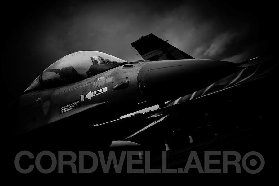 General Dynamics F16 Fighting Falcon