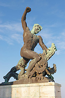 Citadella . Citadel statues - Budapest - Hungary