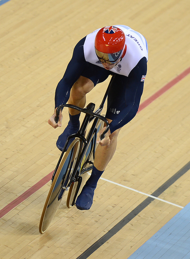 Team GB Sir Chris Hoy in action during the Men's Team Sprint ..2012 London Olympics - Cycling Track - Day 6 - Thursday 2nd August 2012 - Velodrome - Olympic Park - London..© CameraSport - 43 Linden Ave. Countesthorpe. Leicester. England. LE8 5PG - Tel: +44 (0) 116 277 4147 - admin@camerasport.com - www.camerasport.com