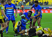 Stormers captain Siya Kolisi scores during the Super Rugby match between the Hurricanes and Stormers at Westpac Stadium in Wellington, New Zealand on Saturday, 23 March 2019. Photo: Dave Lintott / lintottphoto.co.nz