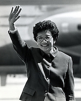 Corozon (Cory) Aquino, first female President of the Philippines. waves to the crowd. (1986 photo by Ron Riesterer)