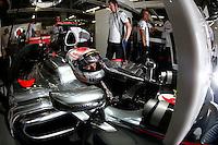 ATENCAO EDITOR IMAGEM EMBARGADA PARA VEICULO INTERNACIONAL - SAO PAULO, SP, 06 OUTUBRO DE 2012 - FORMULA 1 GP JAPAO -  O piloto britanico Jeson Button da equipe McLaren durante treino classificatorio nesta sabado, 06, para o Grande Premio do Japao que acontece amanha em Suzuka no Japao. FOTO: PIXATHLON / BRAZIL PHOTO PRESS)