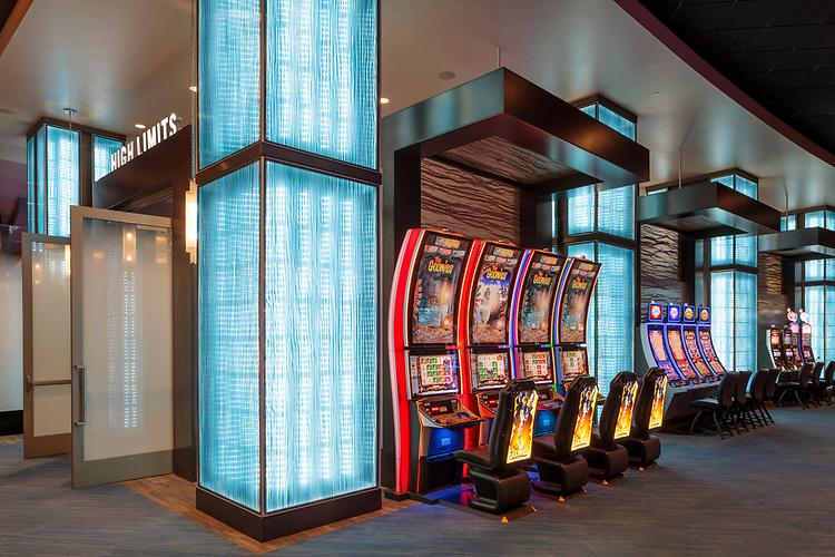Ho-Chunk Wisconsin Dells Casino   HBG Design
