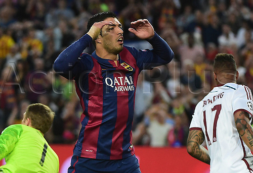 06.05.2015. Nou Camp, Barcelona, Spain, UEFA Champions League semi-final. Barcelona versus Bayern Munich.  Luis Suarez (FC Barcelona)see his shot saved by Neuer late in 1st half