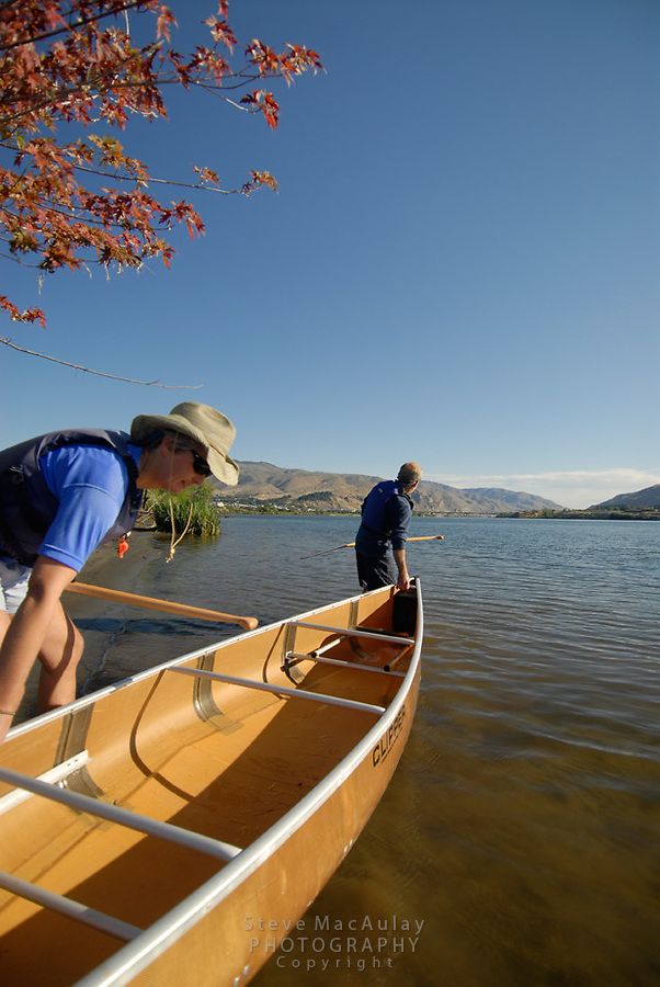 Paddling on the Wenatchee River, Wenatchee, WA.